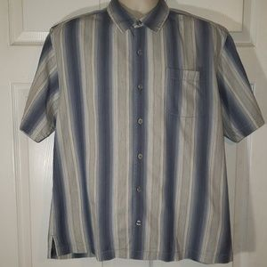 Tommy bahama Mens L button front blue shirt